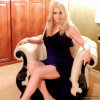 Jennylace - I love this chair for photographs | Tranny Ladies - verbindet Transgender Damen, Partner, Bewunderer & Freunde weltweit